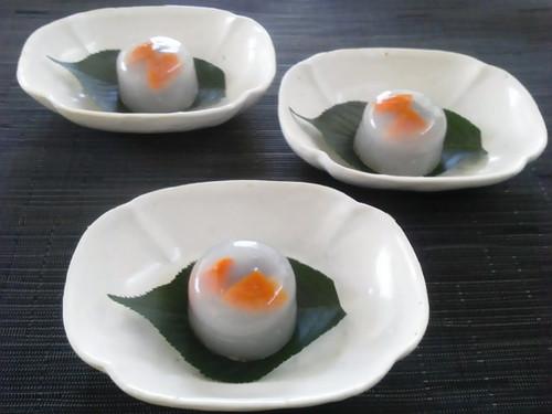小豆と杏の水まんじゅう